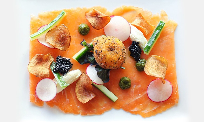 Chez Julien - La Prairie: $40 or $50 Credit Applicable on the Lunch or Dinner Menu with Drinks for Two at Chez Julien Restaurant