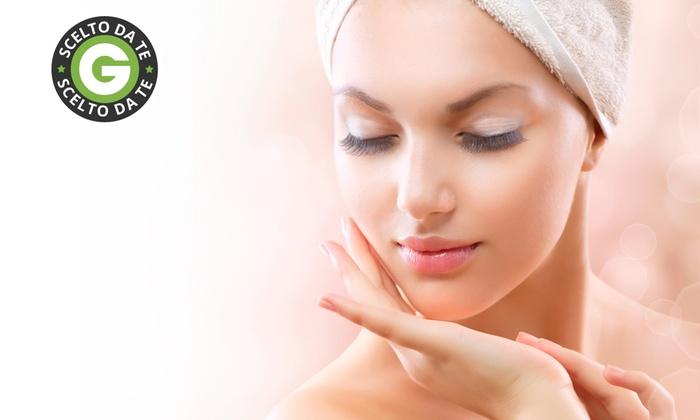 Beauty & Co. - Osimo: Fino a 5 sedute antietà viso con radiofrequenza più acido glicolico da 29,90 €