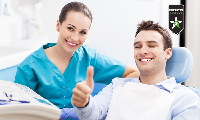 Centro Dentistico Lombardo - Centro Dentistico Lombardo: Visita odontoiatrica con pulizia, smacchiamento air flow e in più sbiancamento LED e otturazione