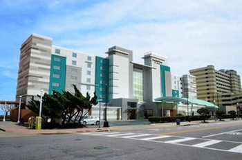 DoubleTree by Hilton Virginia Beach Oceanfront South (Getaways Hotels) photo