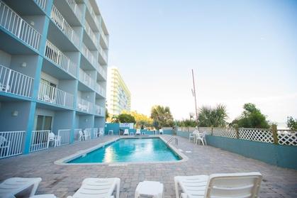 Blu Atlantic Oceanfront Hotel & Suites (Getaways Hotels) photo