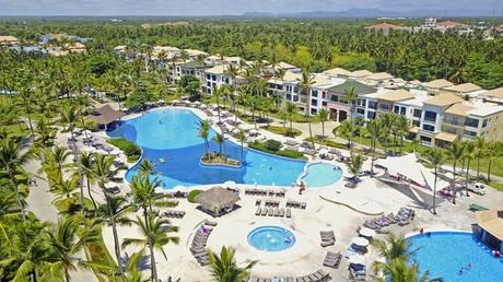 Ocean Blue & Sand Beach Resort - All Inclusive (Getaways Hotels) photo
