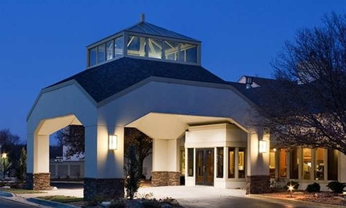 Clubhouse Oakbrook Inn & Suites