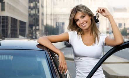 ¡Solo 24h! Curso para obtener el carné de coche con 4 u 8 prácticas o el de moto AM, A1 o A2 con 2 o 4 prácticas