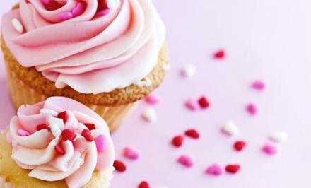 Competências — Matosinhos: workshop de decoração de cupcakes para uma pessoa por 14,90€ ou para duas por 19,90€