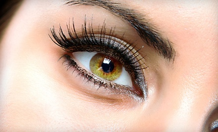 $100 for a Mascara Look Eyelash Extension at LashStudios