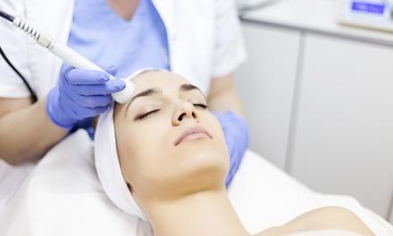 1 o 3 sesiones de mesoterapia facial con dermapen en Clínica Nereida Sánchez (hasta 70% de descuento)