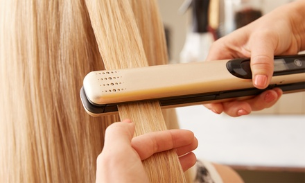 Taninoplastia más corte de puntas y peinado en Karma Estilistas Salón de Peluquería (54% de descuento)