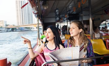 Circular Cruise on the Thames: Child (£5.95), Adult (£8.75)