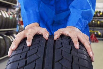 Montaje y equilibrado de 2 o 4 neumáticos Premium, Quality o Económico desde 9,90 €en Auto Eder Talleres