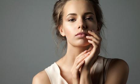 Relleno labial o facial con infiltración de 1 o 2 viales de ácido hialurónico de 1 ml cada uno en Doctor Frade