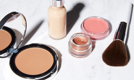 $450 for Virtual Professional Makeup Course from Luxury Problems ($500 Value)
