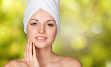 Sesión de limpieza facial en 6 pasos con microdermoabrasión y opción a máscara LED en SC Fisiomedica