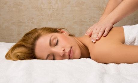 2 o 4 masajes relajantes de 60 minutos en Dilaser13 (hasta 77% de descuento)