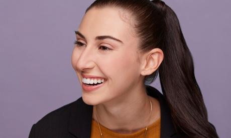 Higiene dental con ultrasonidos o 1 o 2 sesiones de blanqueamiento LED y más desde 9,99 € enOI Odontologia E Implantes Oferta en Groupon