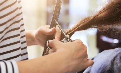 Sesión de peluquería con opción a mechas a elegir en Albe Estilistas (hasta 58% de descuento)