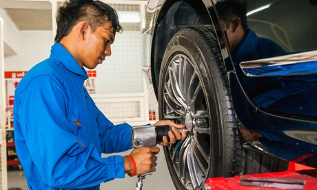 Up to 43% Off on Wheels & Tires (Auto Parts Retail) at TECHNI AUTO WORLD