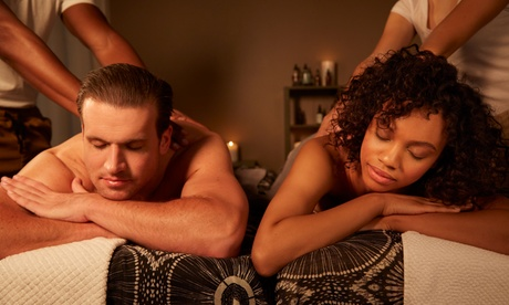 60-Minute Couples Massage with Hot Stones and Aromatherapy at Apple Spa (Up to 53% Off)