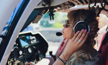 Curso de vuelo en avioneta de 15, 30 o 60 minutos en Escuela de Aviadores (hasta 50% de descuento)