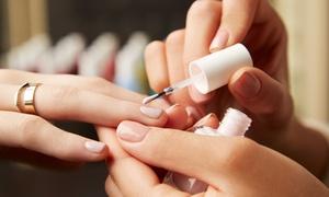 Classe Attitude: Manicure met of zonder (semi-permanente) nagellak vanaf € 10,99 bij Classe Attitude
