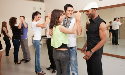 1 o 2 meses de clases de baile a elegir entre latino, salsa, kizomba, bachata y zumba desde 12,90 € en LatinSalsa