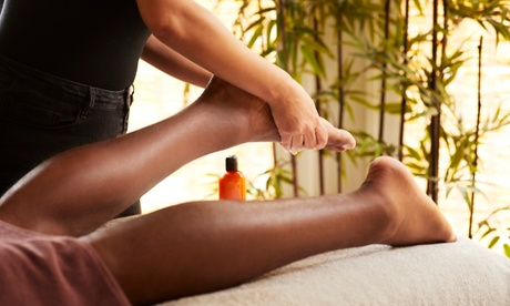 One 30-Minute Foot Massage and 30-Minute Body Massage for One or Two at I Foot Spa(Up to 45% Off)