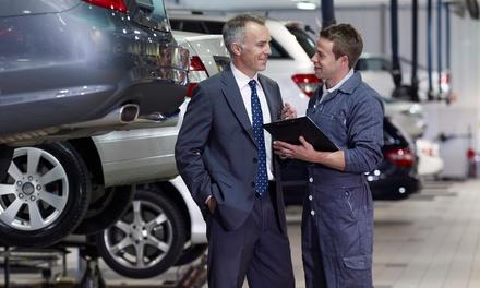Revisión pre-ITV con cambio de aceite 10w40 y 1 o 4 filtros en Alba Motors (hasta 75% de descuento)