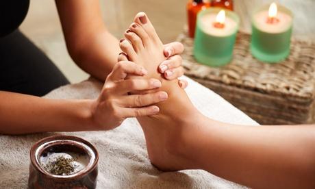 1, 2 o 3 sesiones de reflexología podal con masaje craneofacial desde 14,99 € en Terapias Tere y Estética