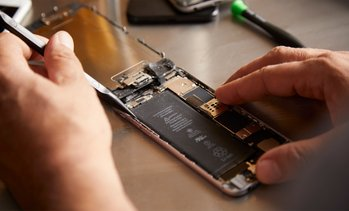 Up to 23% Off iPhone Repair at Super SmartPhones