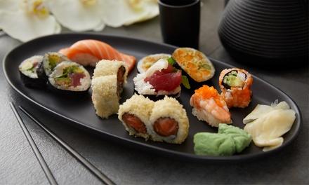 Deluxe sushibox van 24, 48 of 72 stuks om af te halen bij Sushi & Pokélicious in hartje Amsterdam