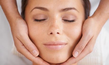 Groupon DE 60 Min. Hydrogen-Gesichtstiefenreinigung inkl. Beratungsgespräch bei Ciner Kosmetik (61% sparen*)
