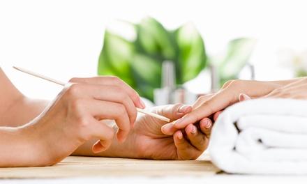 Manicure con semipermanente a 14,90€euro