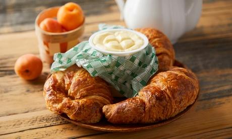 Menú brunch para 2 o 4 personas con servicios de pan, principal, café, zumo y postre desde 19,95 € en Campesino Burger