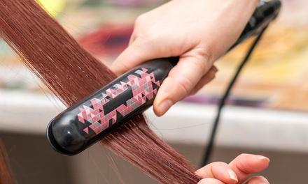 Alisado brasileño o japonés con peluquería desde 59,90 € en Nela Peluquería y Estética