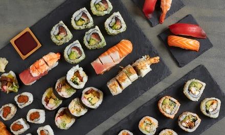 Menú con entrante, bandeja de sushi/sashimi o de sushi/maki y bebida para 2 o 4 personas desde 24,95 € en Miyako