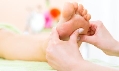 Una o 3 sedute di Riflessologia plantare o massaggio rilassante da Yoga Esoterico Padova (sconto fino a 83%)