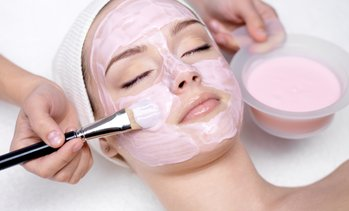 Up to 40% Off Facial and Brow Wax at Douglas J Aveda Institute