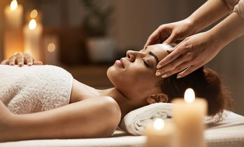 Up to 55% Off 60-Minute Massages at Divine Healing Hand