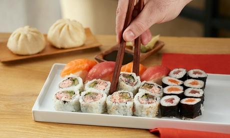 Menú japonés para llevar para 2 o 4 con 40 u 80 sushis y bebida en Okinawa Sushi (hasta 61% de descuento)