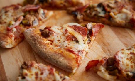 Menu pizza al forno a legna con cuoppo e birra al ristorante Fantasie di Napoli 2, zona Tiburtina (sconto fino a 47%)