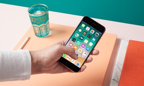Groupon DE Original-Akkutausch für diverse iPhone-Modelle inkl. Garantie bei Repair Everything (bis zu 49% sparen*)
