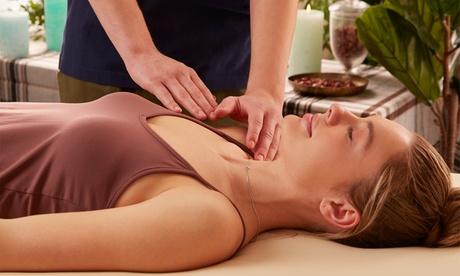 1x oder 2x 60 Min. chinesische Tuina-Massage inkl. kurzer Diagnose und Kräutertee bei Ai Wen