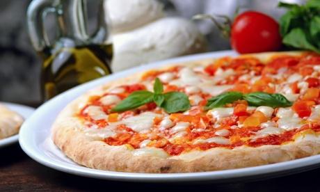 Pizza und großer gemischter Salat für 1-3 Pers. bei Ciao Bella Italian Food Rindermarkthalle