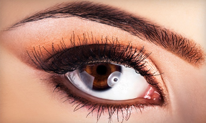 Salon Vantaggio - Mount Pleasant: Three Sessions or One Year of Eyebrow Shaping at Salon Vantaggio in Mount Pleasant (Up to 54% Off)