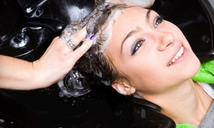 Salon La Mer & Spa - Laguna Beach: $35 Haircut, Wash, and Blow Dry at Salon La Mer & Spa ($75 Value)
