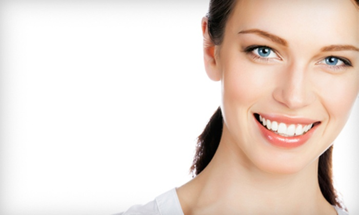 Che Bello Cosmetic Teeth Whitening - Stroudsburg: $49 for One Teeth-Whitening Session from Che Bello Cosmetic Teeth Whitening ($99 Value)