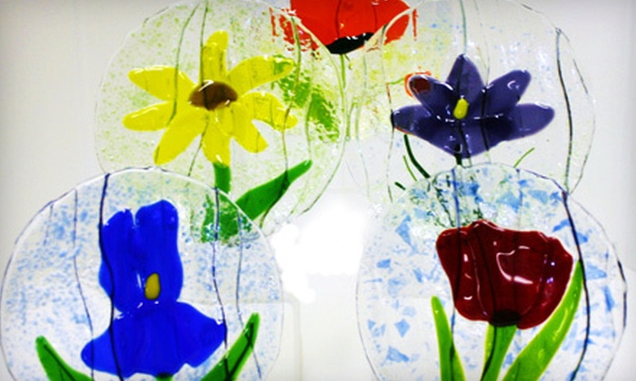 Dakota Stained Glass - Augustana: $15 for an Embossed-Floral-Dish-Making Project at Dakota Stained Glass ($30 Value)