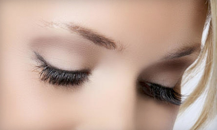 Amazing Lash Studio - Multiple Locations: $79 for a Full Set of Eyelash Extensions at Amazing Lash Studio ($250 Value)
