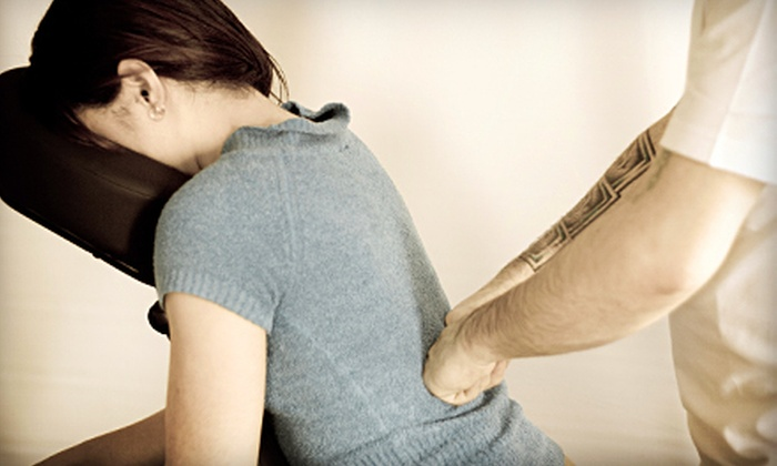 Halo Chiropractic - Hollywood: $39 for a 60-Minute Massage and Chiropractic Consultation at Halo Chiropractic ($154 Value)