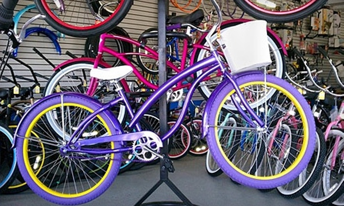 Newport Cruisers - Newport Beach: $35 for a Bicycle Tune-Up at Newport Cruisers in Newport Beach ($75 Value)